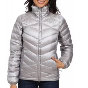 NWT The North Face Jacket - M